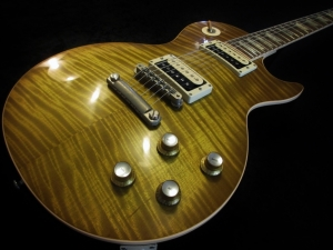 Gibson Les Paul Stripped Relic Aged Lemon Burst No Burst