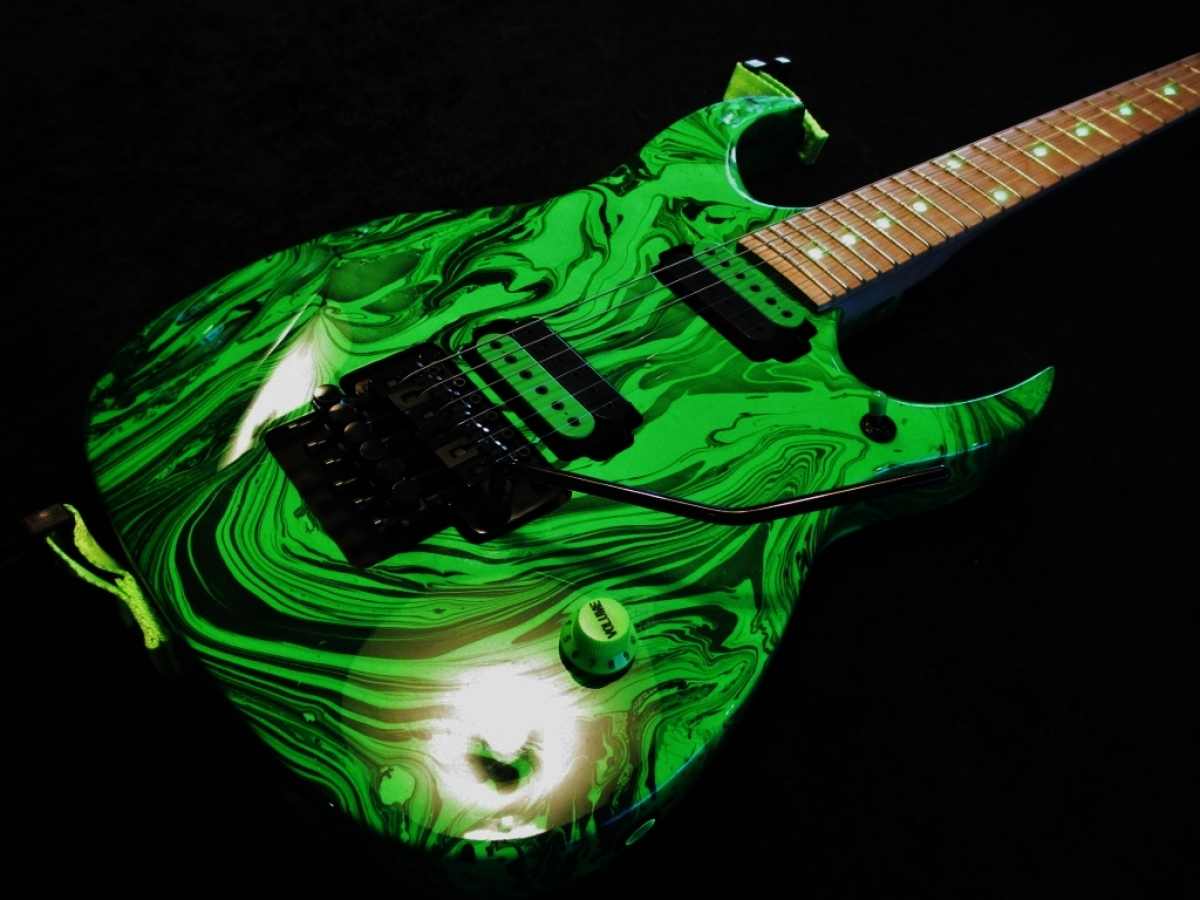 Rees Custom Green Swirl, Light Up Fretboard, Big Brass Block
