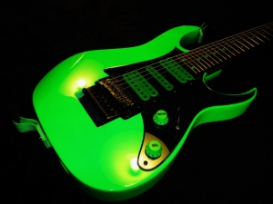 Ibanez Universe 7 String Neon Green Paint