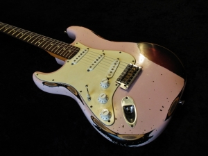 Fender Stratocaster Shell Pink Over Sunburst Heavy Relic